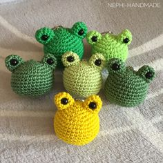 Crochet Brooch, Knit Crochet, Crochet Earrings, Use Of Plastic, String Bag, Forest Friends, Market Bag, Knitted Bags, Doll Patterns