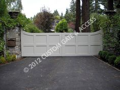 custom wooden driveway gate 96