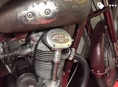 Jawa Enfield Motorcycle, Motorcycle Engine, Motorcycle Art, Brat Cafe, Motor Scooters, Old Bikes, Classic Bikes, Royal Enfield, Cafe Racers