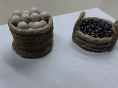 Cesto de castañas / cesto de huevos a 2 € unidad
