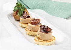 Blinis con foie gras y chutney de higos secos ☆☆