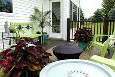 Love the green patio furtniture