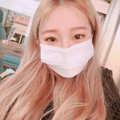 Korean Girl Pretty Korean Girls, Cute Korean Girl, Ulzzang Fashion, Korean Fashion, Asian Boys, Asian Girl, Blonde Aesthetic, Anime Angel Girl, Mask Girl