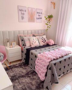 Sophisticated Teen Bedroom, Home Room Design, House Rooms, Modern House Design, New Room, Toddler Bed, Sweet Home, Room Decor, Interior Design