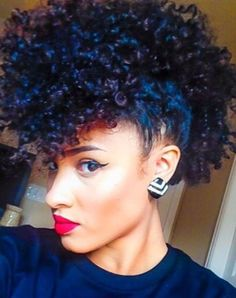 Mohawk hairstyles for black women Natural curly hair Mohawk Pelo Natural, Natural Hair Tips, Natural Curls, Natural Hair Styles, Love Hair, Big Hair, Gorgeous Hair, Pelo Afro, Natural Hair Inspiration