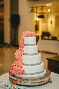 Erin Volante Floral: Aqua and coral wedding at the downtown KC public library!