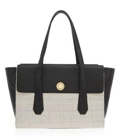 <p>The Weston Straw Tote is straightforward style for spring. Crafted with fine pebbled leather and woven artisan straw, the clean lines, structured body, and contoured straps of this luxury handbag are perfectly balanced, just like you, Bendel Girl.</p>