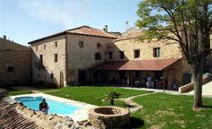Atienza - Hotel Rural Antiguo Palacio de Atienza -   El Hotel rural Antiguo Palacio de Atienza está situado en una mansión del siglo XVI dentro del recinto amurallado de la histórica ciudad de Atienza.Es el único edificio histórico de la villa r...