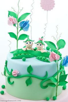 Two Peas in a Pod Cake @FoodBlogs