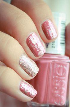 Essie      SNB Vintage nail design {Essie All Tied Up, China Glaze I'm not Lion, konad stamping plate m71, M73, m65, and Bundle Monster BM20}