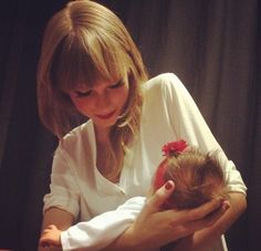 The way she takes care of her fans, she's sure to be an amazing mother to her future children!