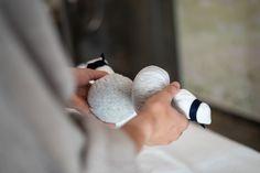 Lassen Sie sich mit einer Kräuterstempelmassage im Hotel Lärchenhof am Katschberg zwischen Kärnten und Salzburg verwöhnen. Bio Sauna, Infrarot Sauna, Spa Tag, Salzburg