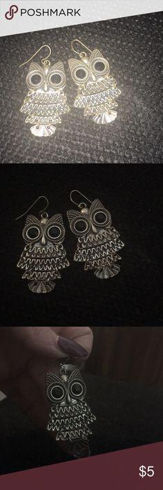 Owl earrings Owl earrings. Silver metal. Jewelry Earrings