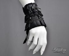 Little Goth Cuff with Black glass crystals and Bow - Victorian Dark Fashion, Elegant Goth Wedding Jewelry, Cosplay Lolita Accessories Goth Jewelry, Lace Jewelry, Cuff Jewelry, Wedding Jewelry, Victorian Jewelry, Victorian Fashion, Gothic Fashion, Neo Victorian, Mode Sombre
