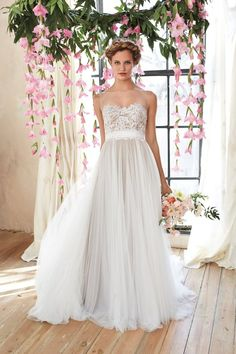 Blush Bridal has an extensive collection of wedding dresses from Willowby, including the Penelope style. Click here for more information!