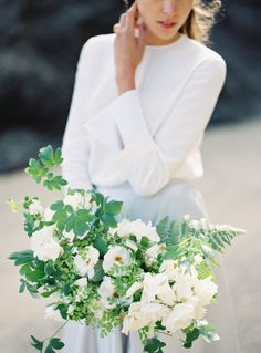 Modern Seaside Wedding Inspiration #bridalbouquet