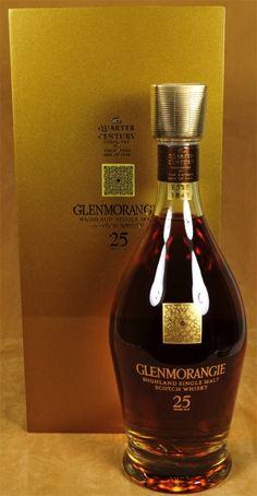 Glenmorangie Whisky 25 y. Best Rye Whiskey, Cigars And Whiskey, Whiskey Drinks, Bar Drinks, Alcohol Bottles, Liquor Bottles, Scotch Whisky, Bourbon, Rum Bottle