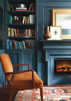 Warm and Cozy Living Room: 10 Ideas. Warm and Cozy Blue Living Room with Fireplace. Lately I've had a craving! Not for chocolate, but for a warm and cozy living room that leaves you feeling like you've just been given a big old hug. Blue Rooms, Blue Walls, Blue And Orange Living Room, Dark Walls, Design Scandinavian, Built Ins, Decor Styles, Living Room Decor, Dining Room