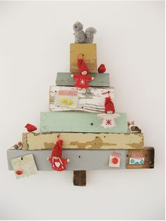 Folk art wooden Christmas tree