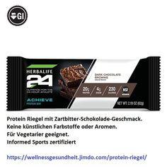 #Protein Riegel mit #Zartbitter- #Schokolade-Geschmack. Keine künstlichen Farbstoffe oder Aromen. Für #Vegetarier geeignet. Informed Sports zertifiziert