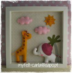 cuadro: animalitos de la selva Cute Crafts, Felt Crafts, Jumping Clay, Bohemian Nursery, Arte Country, Baby Frame, Felt Pictures, Felt Decorations, Felt Toys