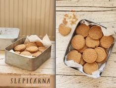 Máslové sušenky jako jedlý dárek – SLEPIČÁRNA Sweet Recipes, Snack Recipes, Christmas Cookies, Cereal, Chips, Food And Drink, Blog, Breakfast, Crafts