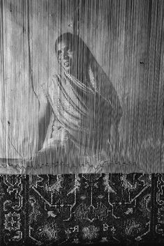 Jadawati, a weaver, working on a 24 feet carpet which will take her nearly 40 days to complete. As a bonded labourer, she is paid 60 rupees per day ( Historical Images, Persian Carpet, Incredible India, Community Art, Carpet Runner, Vintage Images, Rugs On Carpet, Storytelling, Namaste