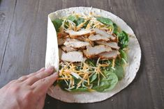 How To Roll A Picture Perfect Grilled Chicken Wrap - Easy Peasy Pleasy - Meal prep - Grilled Chicken Wraps, Perfect Grilled Chicken, Healthy Wraps, Healthy Recipes, Healthy Chicken Wraps, Chicken Tortilla Wraps, Chicken Ceasar, Chicken Caesar Wrap, Lunch Wraps