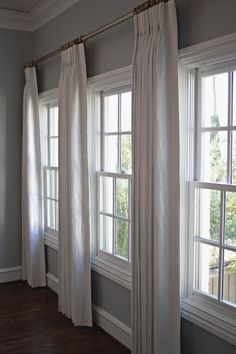 Are you looking to frame your window with custom drapery? Contact Custom Drapery Designs in Dallas, TX and customize your drapes. Home Curtains, Curtains Living, Living Room Windows, Curtains With Blinds, New Living Room, Home And Living, Curtains For Big Windows, How To Hang Curtains, Curtain Ideas For Living Room