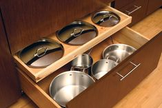 or DIY: 8 Clever Solutions for Storing Pots and Pans How to Store Pot Lids - Kitchen Storage Ideas for Pots & Pans .How to Store Pot Lids - Kitchen Storage Ideas for Pots & Pans . Diy Kitchen Storage, Kitchen Cabinet Organization, Kitchen Drawers, Kitchen Pantry, Kitchen And Bath, New Kitchen, Organized Kitchen, Kitchen Ideas, Cabinet Organizers