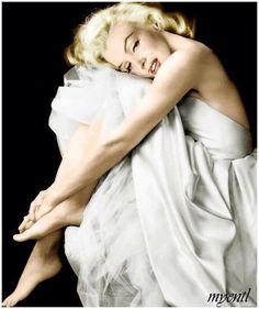 Marilyn Monroe Just Beautiful ~