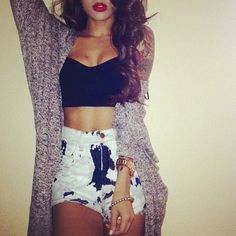 I love the long sweater with shorts