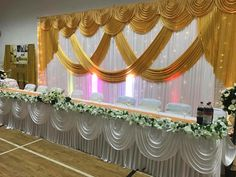 Head Table with Wedding Stage Backdrop, Wedding Hall Decorations, Backdrop Decorations, Wedding Centerpieces, Wedding Table, Backdrop Design, Rideaux Design, Wedding Background, Backdrops For Parties