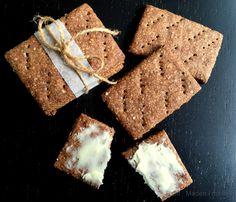kanelknækbrød Rye Bread Recipes, Cake Recipes, Musli Bars, Danish Food, Dough Recipe, Let Them Eat Cake, Finger Foods, Love Food, Food To Make