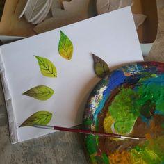 Color test for my green leaves. Prove colore per le mie foglie verdi.
