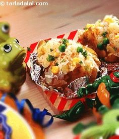 Baked Potatoes ( Cooking with Kids) recipe | Step by Step recipes for Kids | by Tarla Dalal | Tarladalal.com | #2590