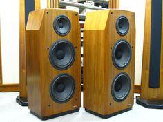 XRT26 McIntosh image_d High End Speakers, Big Speakers, High End Hifi, Monitor Speakers, Home Speakers, Bookshelf Speakers, Floor Standing Speakers, Professional Audio, Loudspeaker