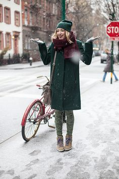 Let it snow! Love the emerald green and Burgundy!!