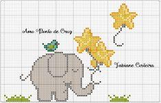 Amo Ponto Cruz ... Por Fabiane Costeira: Elefantinhos Cross Stitch For Kids, Cross Stitch Boards, Cross Stitch Baby, Cross Stitch Animals, Cross Stitch Kits, Cross Stitch Patterns, Elephant Quilt, Crochet Elephant, Baby Elephant