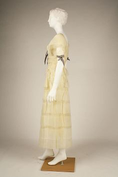 Afternoon dress Attributed to House of Lanvin  (French, founded 1889)  Designer: Attributed to Jeanne Lanvin (French, 1867–1946) Maker: Henri Bendel (American, founded 1895) Date: 1919 Culture: French Medium: cotton, silk. Sideway