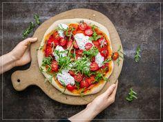 Pizza con burrata e rucola Vegetable Pizza, Healthy Life, Pasta, Healthy Recipes, Vegetables, Desserts, Quiches, Foodies, Vegetarian