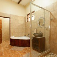 Rain Farm is a 10 minute drive from Ballito and offers beautiful, cosy accommodation for families, friends and couples. Game Lodge, Corner Bathtub, Bathroom, Washroom, Full Bath, Bath, Bathrooms, Corner Tub
