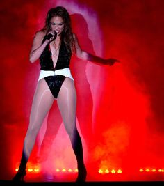 Pin for Later: Jennifer Lopez Makes It All About Her Abs and Booty at the AMAs