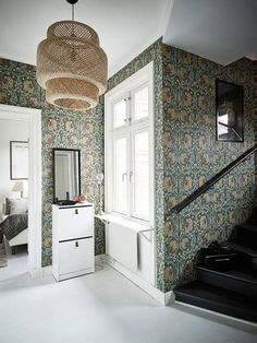 [Those William Morris wallpapers have aged remarkably well. They are true classics. William Morris Tapet, William Morris Wallpaper, Morris Wallpapers, William William, Interior And Exterior, Interior Design, Decor Inspiration, Tudor House, Scandinavian Interior