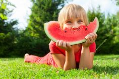 Cool Down with these Mouth-Healthy Summer Treats - Dr. Cooking Recipes In Hindi, Cooking Recipes For Dinner, Fruit Popsicles, Gum Health, Drinks Logo, Butter, Fruit Puree, Yogurt Smoothies, Food Challenge