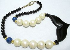 """ONYX BLACK GLASS FOCAL w/ LAPIS & LG FAUX CREAMY PEARL NECKLACE 20"""" (51cm)  #Unsigned #Focalbead"""