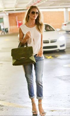 rolled jeans, cream blouse w olive bag....