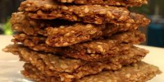 Simple sesame seed crackers - nutty and delicious!