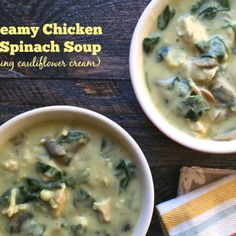 Provate questa deliziosa Paleo cremoso Chicken & spinaci zuppa.  Esso utilizza cavolfiore salsa di panna quindi è latticini carb libero e basso troppo!
