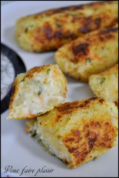 Croquettes of Surimi and Kiri cheese :) An easy recipe to prepare :) # … - Chef HELEN LOG Easy Bread, Zucchini Bread, Bread Recipes, Entrees, Brunch, Easy Meals, Cheese, Homemade, Cooking